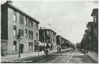 1913 of later Den Haag Goudenregenstraat