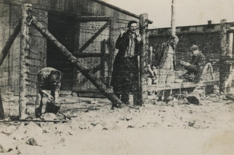 Buchenwald TAFEL 10 107600 NIOD-1